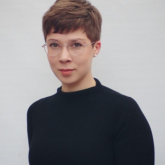 Samantha Dennis_2021 portrait a