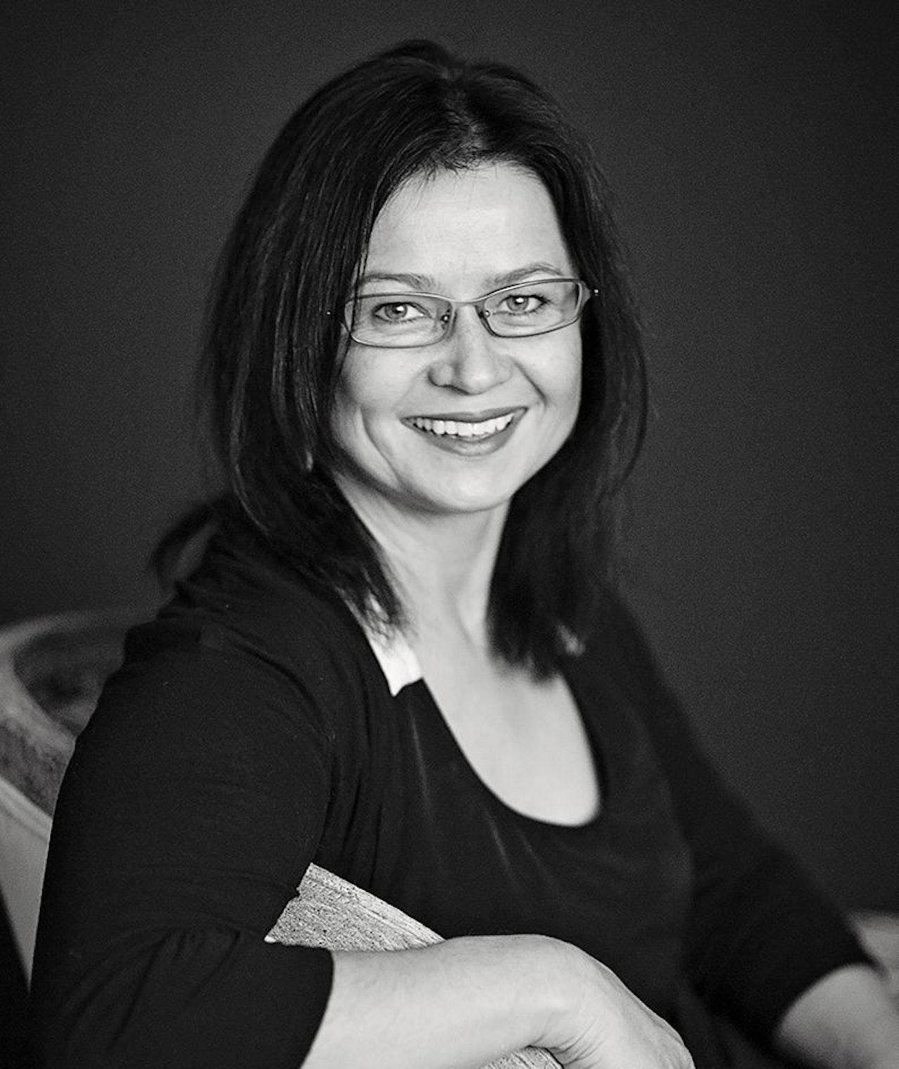 Renata-Buziak-photo-Eva Urbanska-sml