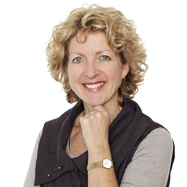 Gail-Hewton-headshot